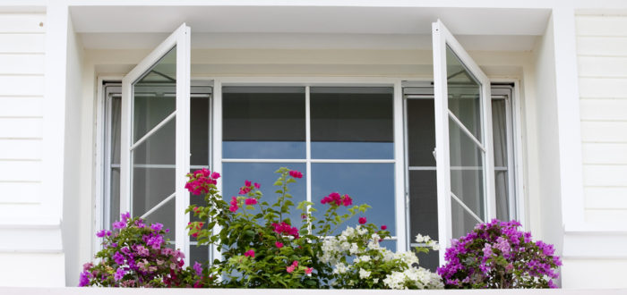 Signs Your Home Needs Replacement Windows