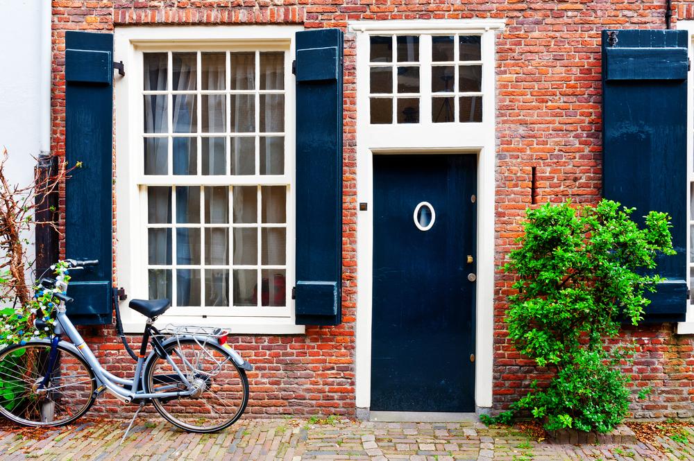 Make A Statement With Your Front Door Scheel Window Amp Door